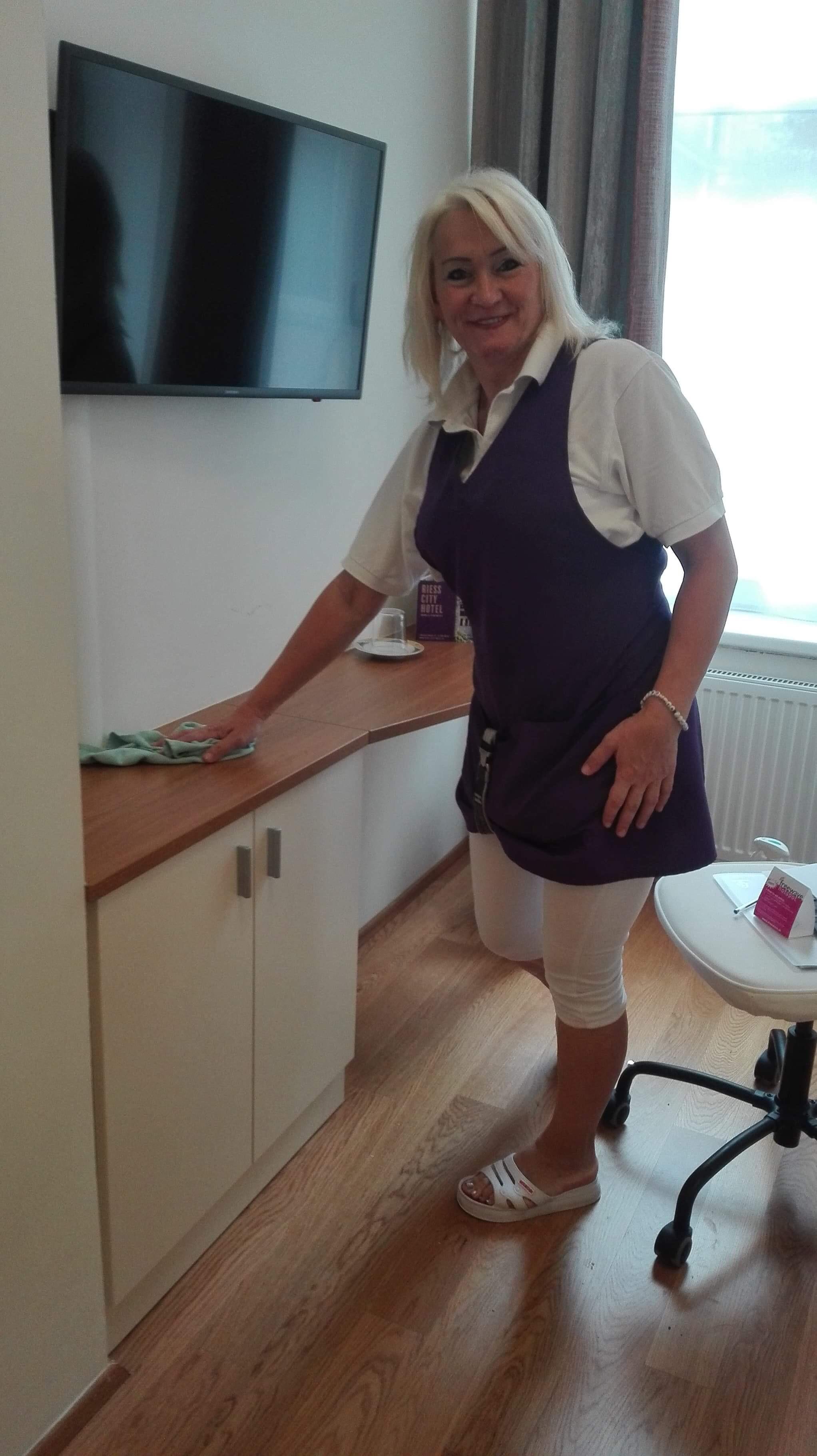 Chyžná Viki v hoteli vo Viedni